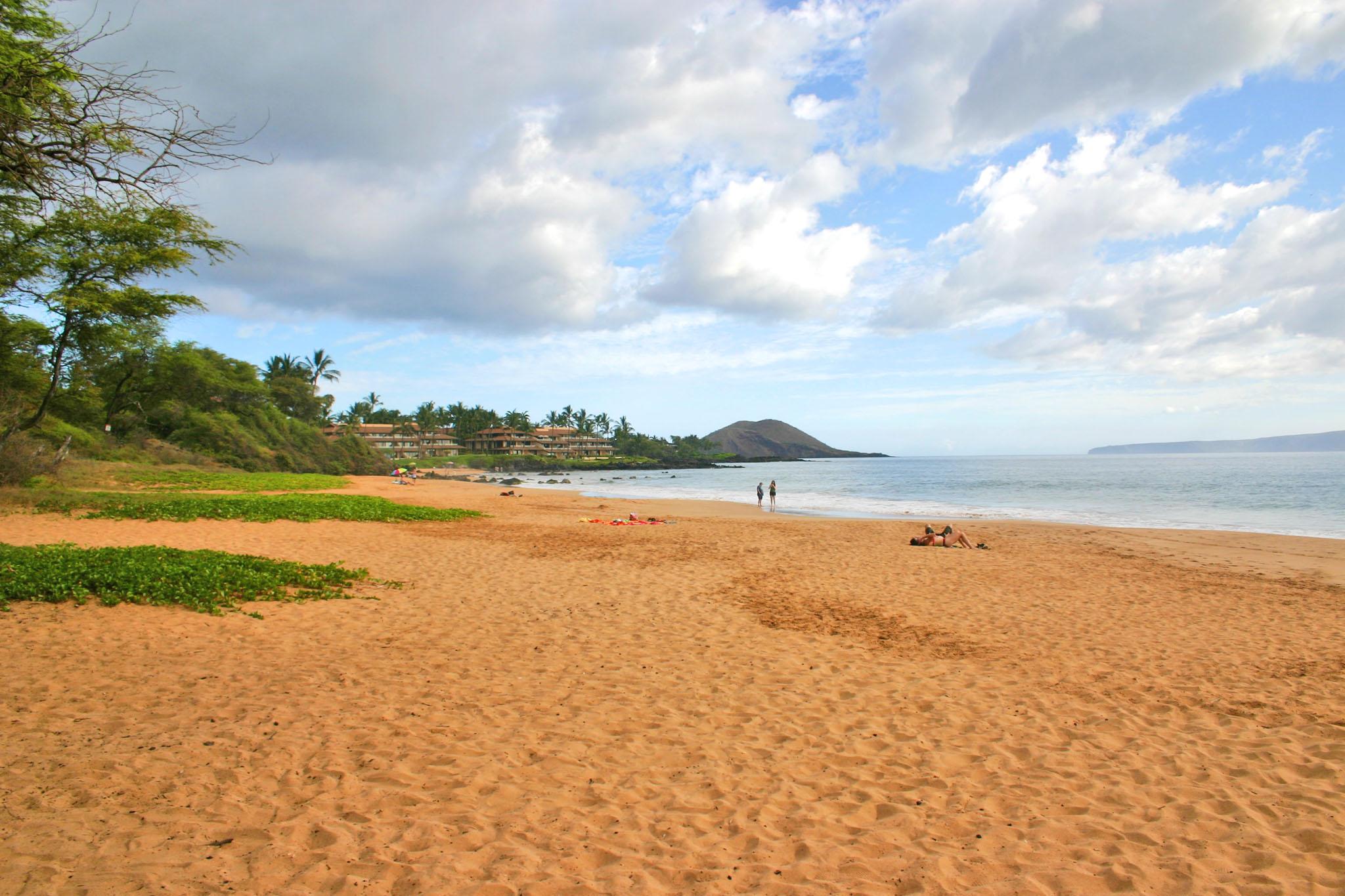 Po Olenalena Beach